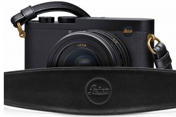 """Leica Q2 Daniel Craig x Greg Williams"" 750 in the world"